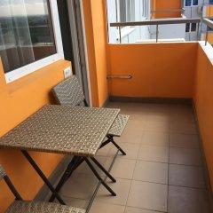 Апартаменты SKY-APARTMENTS балкон