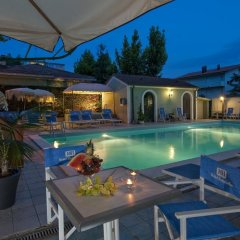 Hotel Sonne Римини бассейн