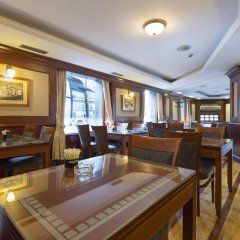 Hotel Prag питание