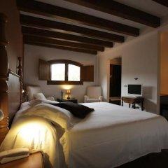 Отель Gastronómico Mas Mariassa комната для гостей фото 3