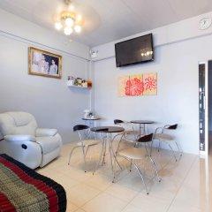 Отель Luna Guesthouse and Travel в номере