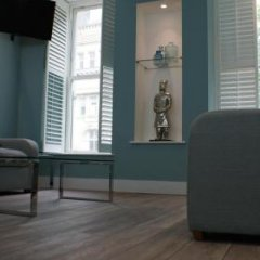 Отель St Anns Square Apartments Великобритания, Манчестер - отзывы, цены и фото номеров - забронировать отель St Anns Square Apartments онлайн спортивное сооружение