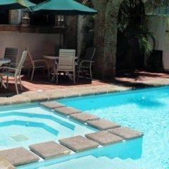 Отель De Mendoza Гвадалахара бассейн