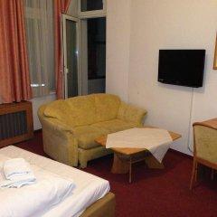 Hotel Pension Delta комната для гостей