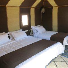 Отель Le Mirage Erg Chebbi Luxury Desert Camp Марокко, Мерзуга - отзывы, цены и фото номеров - забронировать отель Le Mirage Erg Chebbi Luxury Desert Camp онлайн комната для гостей фото 4
