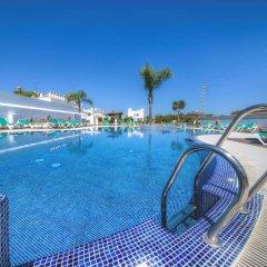 Отель Apartamentos Piedramar Испания, Кониль-де-ла-Фронтера - отзывы, цены и фото номеров - забронировать отель Apartamentos Piedramar онлайн бассейн