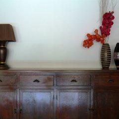 Отель Surin Sweet Пхукет удобства в номере