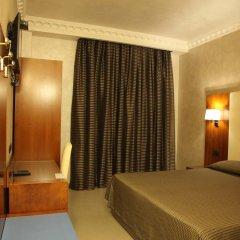 Отель B&B Federica's House in Rome сейф в номере
