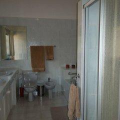 Отель Ku De Ta B&B Уайт-Ривер ванная