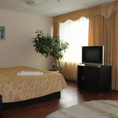 Гостиница Сказка в Ярославле отзывы, цены и фото номеров - забронировать гостиницу Сказка онлайн Ярославль комната для гостей фото 4