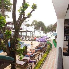 Отель Patong Bay Garden Resort Таиланд, Пхукет - отзывы, цены и фото номеров - забронировать отель Patong Bay Garden Resort онлайн балкон