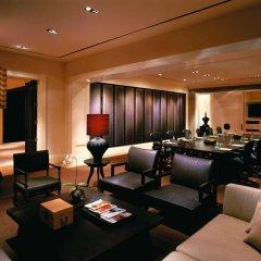Отель Grand Hyatt Erawan Bangkok Таиланд, Бангкок - 1 отзыв об отеле, цены и фото номеров - забронировать отель Grand Hyatt Erawan Bangkok онлайн интерьер отеля фото 3