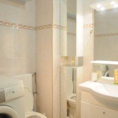 Отель Black and white ванная фото 2