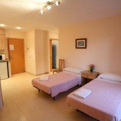 Отель Royal Inn Aparthotel Испания, Льорет-де-Мар - 1 отзыв об отеле, цены и фото номеров - забронировать отель Royal Inn Aparthotel онлайн комната для гостей фото 5