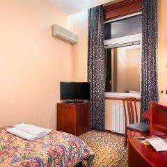 Отель Gloria Palace Hotel Болгария, София - 3 отзыва об отеле, цены и фото номеров - забронировать отель Gloria Palace Hotel онлайн удобства в номере фото 2