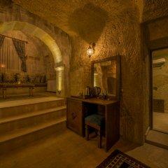 Luna Cave Hotel бассейн