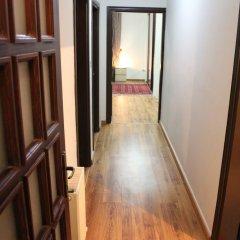 Отель Beautiful 2 BR Apt Quiet & Private Иордания, Амман - отзывы, цены и фото номеров - забронировать отель Beautiful 2 BR Apt Quiet & Private онлайн интерьер отеля