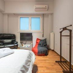Отель Cozy Athenian Apartment Греция, Афины - отзывы, цены и фото номеров - забронировать отель Cozy Athenian Apartment онлайн комната для гостей фото 5