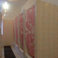 Гостиница Aral Aviamotornay Hostel в Москве отзывы, цены и фото номеров - забронировать гостиницу Aral Aviamotornay Hostel онлайн Москва ванная