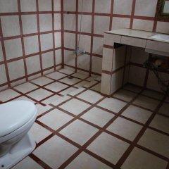 Отель The Lotus Garden Hotel Филиппины, Пуэрто-Принцеса - отзывы, цены и фото номеров - забронировать отель The Lotus Garden Hotel онлайн ванная