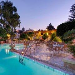 Corinthia Palace Hotel & Spa Malta бассейн