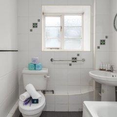 Апартаменты Spacious Pentonville Road Apartment - MLH Лондон ванная