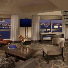Отель Millennium Hilton New York One UN Plaza США, Нью-Йорк - 1 отзыв об отеле, цены и фото номеров - забронировать отель Millennium Hilton New York One UN Plaza онлайн интерьер отеля фото 3