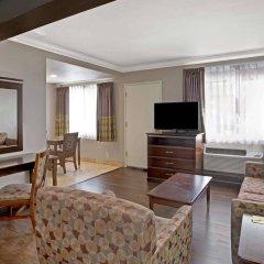Отель Super 8 by Wyndham Los Angeles-Culver City Area комната для гостей фото 3