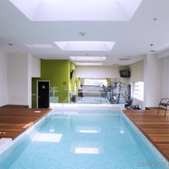 Hotel Novit бассейн