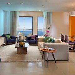 Ramada Hotel & Suites by Wyndham JBR фото 7