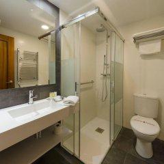 Отель Apolo Испания, Аинса - отзывы, цены и фото номеров - забронировать отель Apolo онлайн ванная