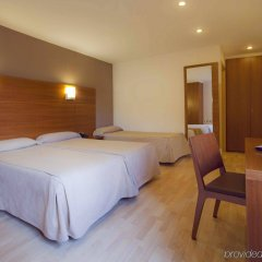 Hotel Via Augusta комната для гостей