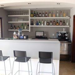 Отель RocaBelmonte гостиничный бар
