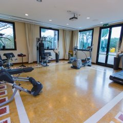 Отель SHG Hotel Antonella Италия, Помеция - 1 отзыв об отеле, цены и фото номеров - забронировать отель SHG Hotel Antonella онлайн фитнесс-зал фото 4