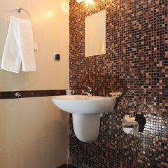 Отель Plaza Болгария, Равда - отзывы, цены и фото номеров - забронировать отель Plaza онлайн ванная фото 2