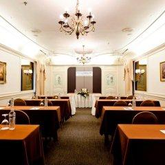 Отель Royal Princess Larn Luang
