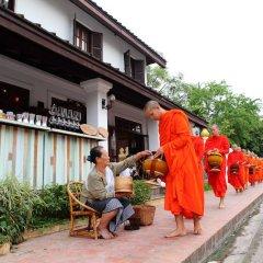 Отель Cafe de Laos Inn городской автобус