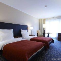 Отель Steigenberger Hotel Hamburg Германия, Гамбург - 2 отзыва об отеле, цены и фото номеров - забронировать отель Steigenberger Hotel Hamburg онлайн комната для гостей фото 2