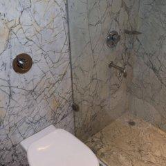 Отель Palace Heights Индия, Нью-Дели - отзывы, цены и фото номеров - забронировать отель Palace Heights онлайн ванная фото 2