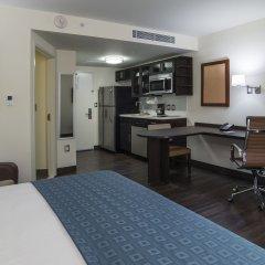 Отель Candlewood Suites Queretaro Juriquilla удобства в номере фото 2