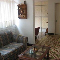 Отель Hostal La Colina Колумбия, Кали - отзывы, цены и фото номеров - забронировать отель Hostal La Colina онлайн комната для гостей