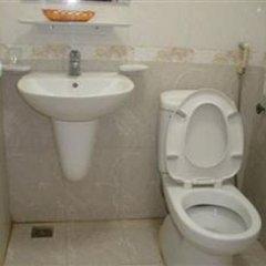 Отель New Life Ханой ванная