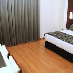 Отель Catalonia Brussels Бельгия, Брюссель - 1 отзыв об отеле, цены и фото номеров - забронировать отель Catalonia Brussels онлайн комната для гостей фото 3