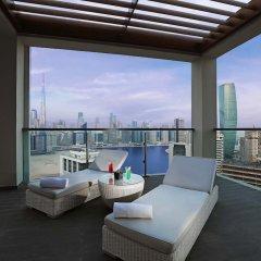 Отель Millennium Atria Business Bay ОАЭ, Дубай - отзывы, цены и фото номеров - забронировать отель Millennium Atria Business Bay онлайн балкон