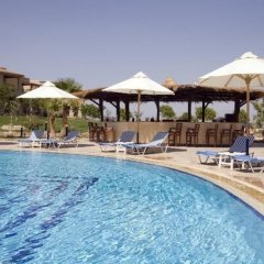 Отель Swiss Inn Dream Resort Taba бассейн