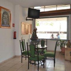 Отель Costa Brava Мексика, Гвадалахара - отзывы, цены и фото номеров - забронировать отель Costa Brava онлайн питание
