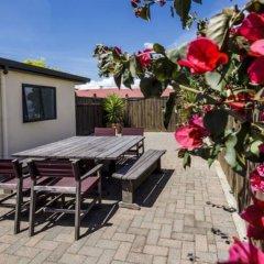 Отель Fairley Motor Lodge Новая Зеландия, Нейпир - отзывы, цены и фото номеров - забронировать отель Fairley Motor Lodge онлайн балкон