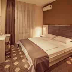 Гостиница Амбассадор Плаза комната для гостей фото 5