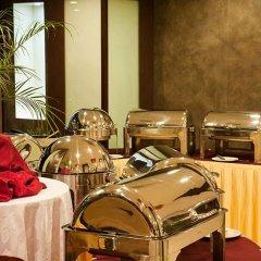 Отель Indreni Himalaya Непал, Катманду - отзывы, цены и фото номеров - забронировать отель Indreni Himalaya онлайн питание фото 3