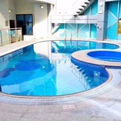 Отель City Seasons Towers Дубай бассейн фото 2